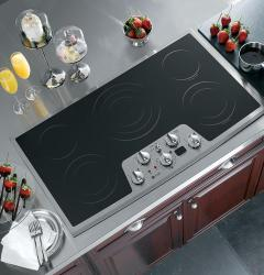 Brand: General Electric, Model: PP972SMSS, Color: Black Surface with Stainless Steel Trim