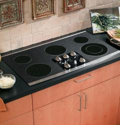 Brand: GE, Model: JP655BMBB, Color: Black Surface with Stainless Steel Trim