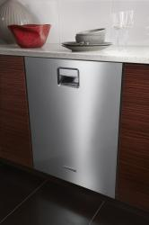 Brand: KITCHENAID, Model: KUDE60HXSS
