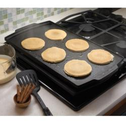 Brand: Dacor, Model: ADRT12, Style: Cast Aluminum Griddle