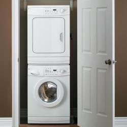 Brand: MAYTAG, Model: MAH2400AWW