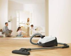 Brand: Miele Vacuums, Model: S2121OLYMPUS