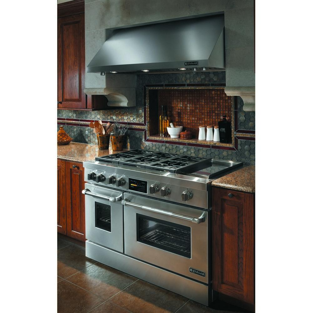 Professional Kitchen: Jenn-air JGRP548WP Pro-style(r) Gas Range With Griddle And