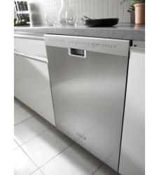 Brand: KitchenAid, Model: KDFE304DSS