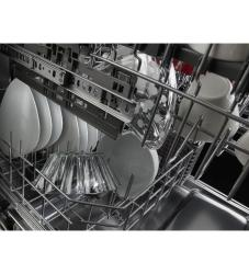 Brand: KitchenAid, Model: KDTE704DSS