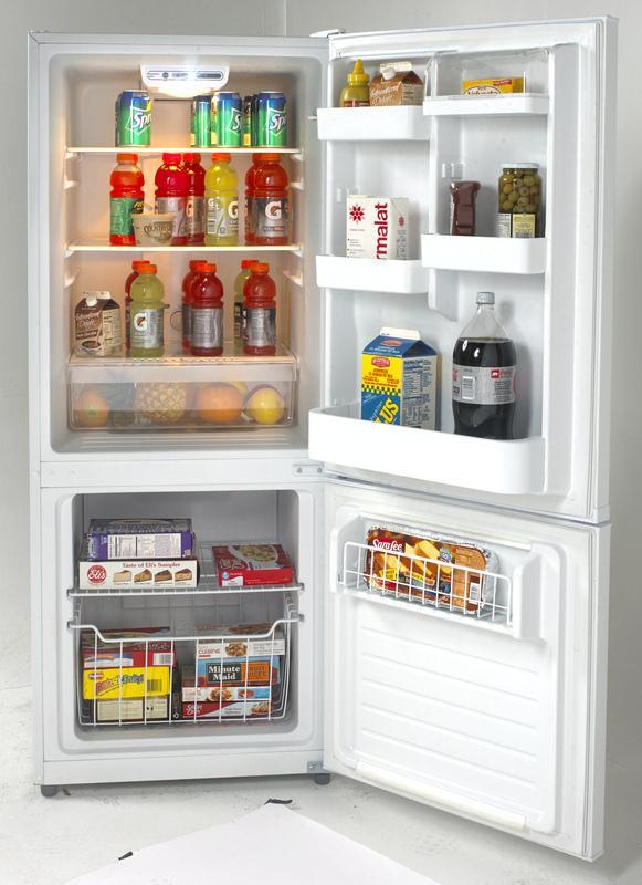 Ffbm102d Avanti Ffbm102d Bottom Freezer Refrigerators