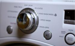 Brand: Whirlpool, Model: WED7590FW